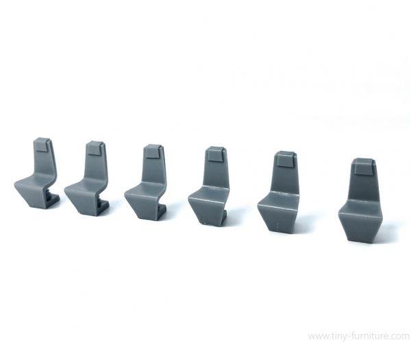 Spaceship Chairs / Raumschiff Stühle