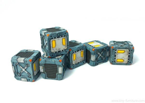 Closed metal Boxes / Metallkisten
