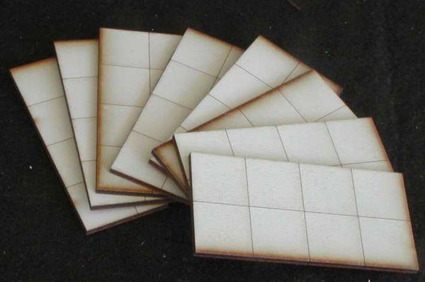 Diese 8 Bodenplatten sind im Lieferumfang enthalten. Modulares Terra-Blocks™ Gelände von Sally 4th
