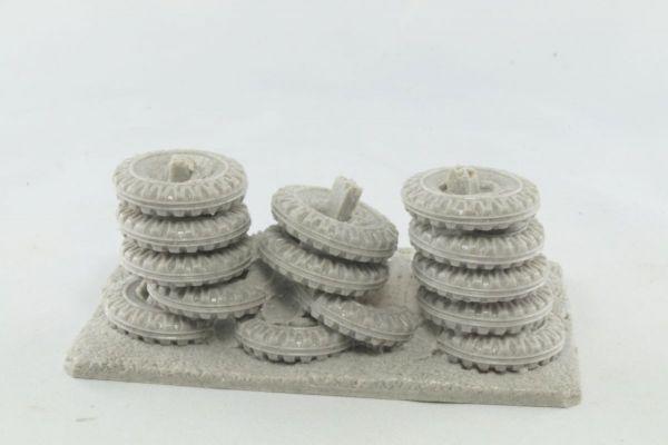 9cm Tyrewall (3 variants)