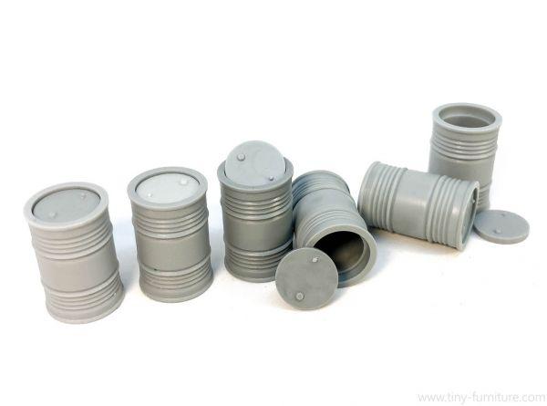 Metal Barrels / Metallfässer mit Deckel