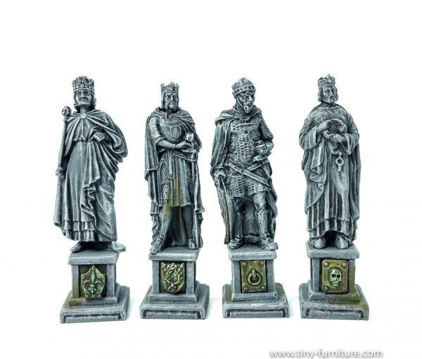 Four Kings Statues / 4 Königs Statuen