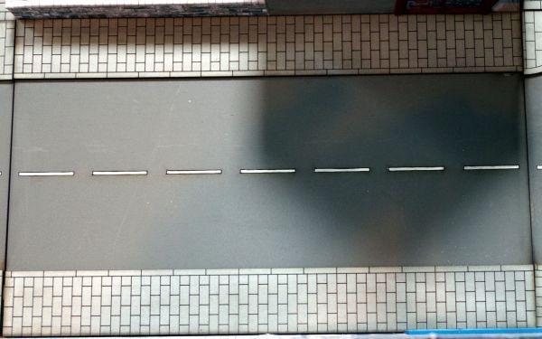 Das Tabletop Straßensystem von Sally 4th ist modular. Das hier ist die lange gerade Straße.