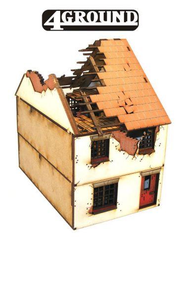 zerstörtes mittleres Hausteil