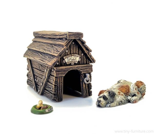 Kennel with a Dog / Hundehütte mit Hund