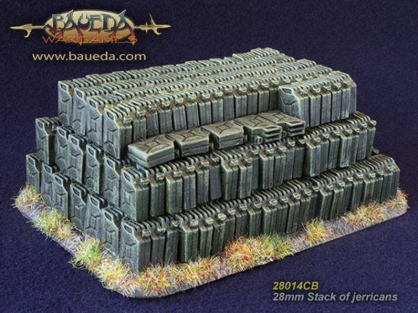 Stack of Jerrycans / Kanisterstapel