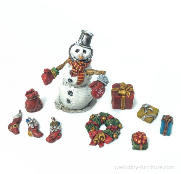 Snowman and Christmas Gifts - Schneemann und Weihnachtsgeschenke